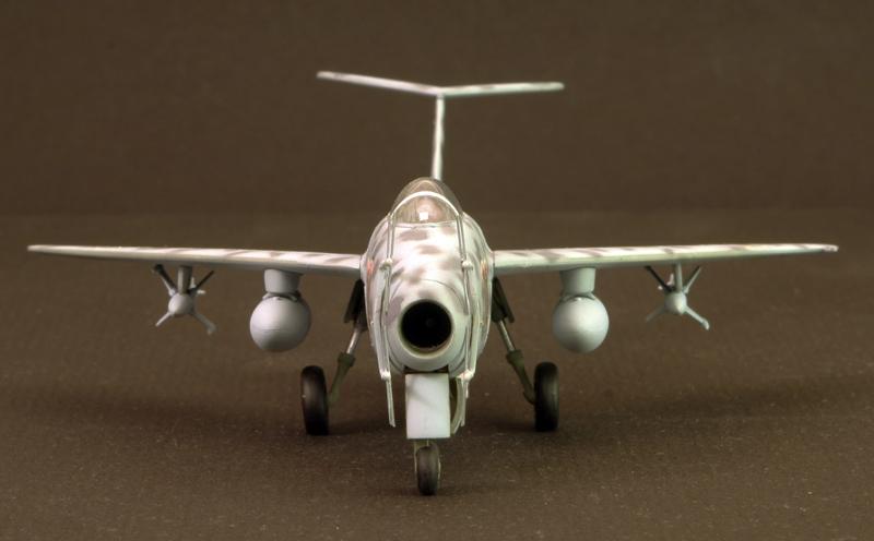 Messerschmitt Me P.1101 Nachtjager [1:72 - Dragon] Messes17