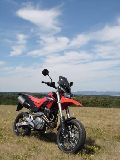 MOTOGALERIA NASICH FMX650 A PODOBNYCH MOTO. H2210