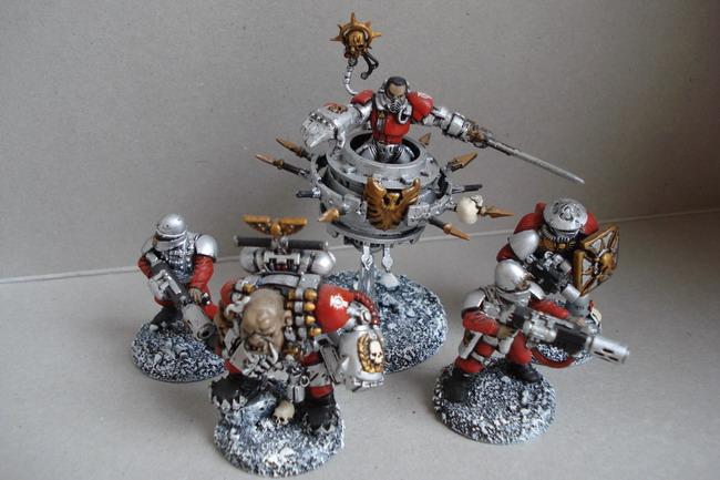 [40k] Mes Chevaliers Gris et mon Inquisition Dsc04815