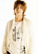 Taguchi, Akanishi to host Christmas musicthon Small_11
