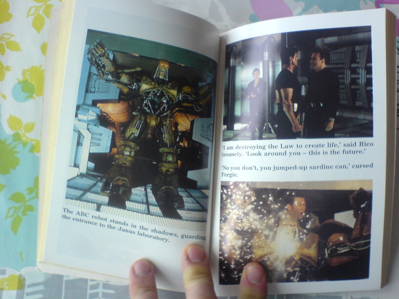 Collection Dredd08 - Page 4 Dsc00320
