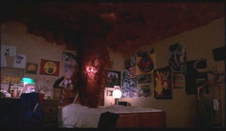 A Nightmare on Elm Street (1984, Wes Craven) - Page 2 01375011