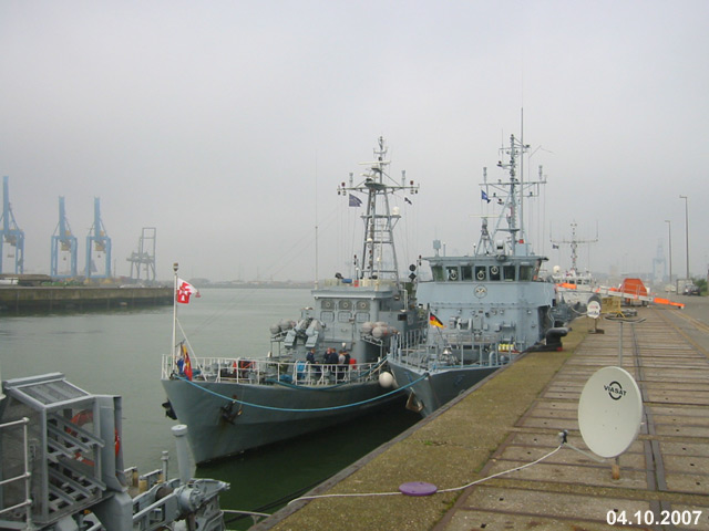 Zeebrugge naval base : news - Page 2 08_06410