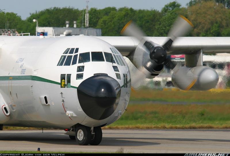 طائرة النقل سى-130 هرقل  CC-130 Hercules 10567410