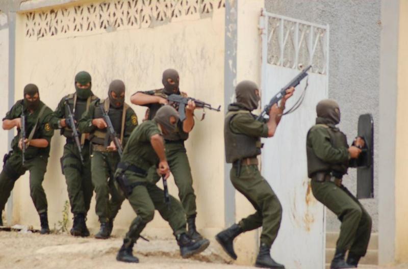 موسوعة الصور الرائعة للقوات الخاصة الجزائرية Aaaaan11
