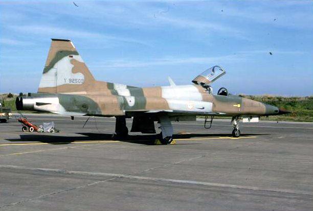 موسوعة الجيش التونسي  F55tig10