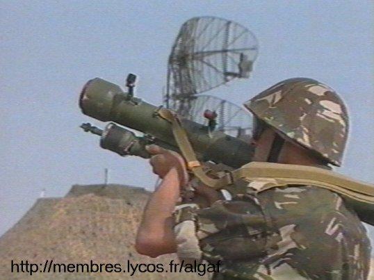 الجيش الجزائري Sa700010