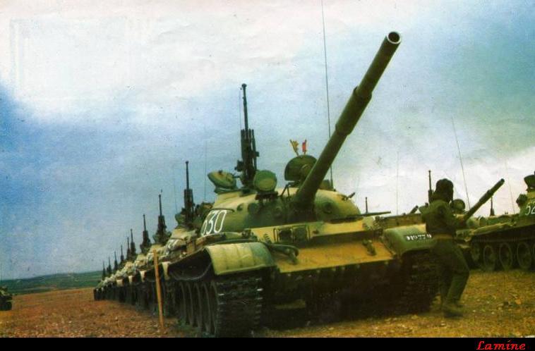الجيش الجزائري T-62cl10