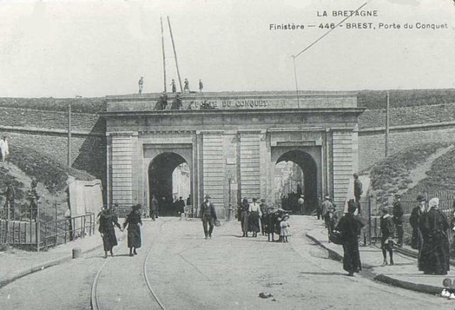 [Ports] LE VIEUX BREST - Page 10 Porte_15