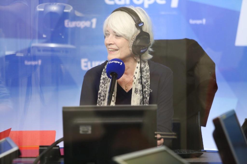 5 août 2018 - Carte blanche à Françoise Hardy sur Europe 1 Di9x0k10
