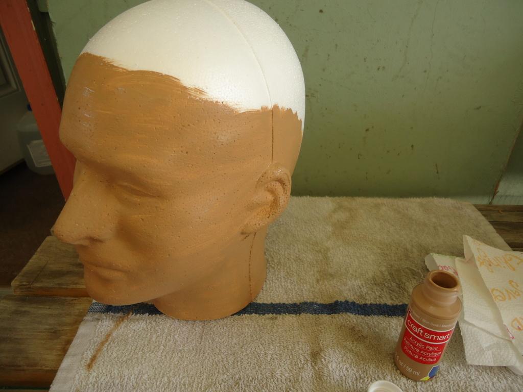 Tete en polystyrène  Dsc02513
