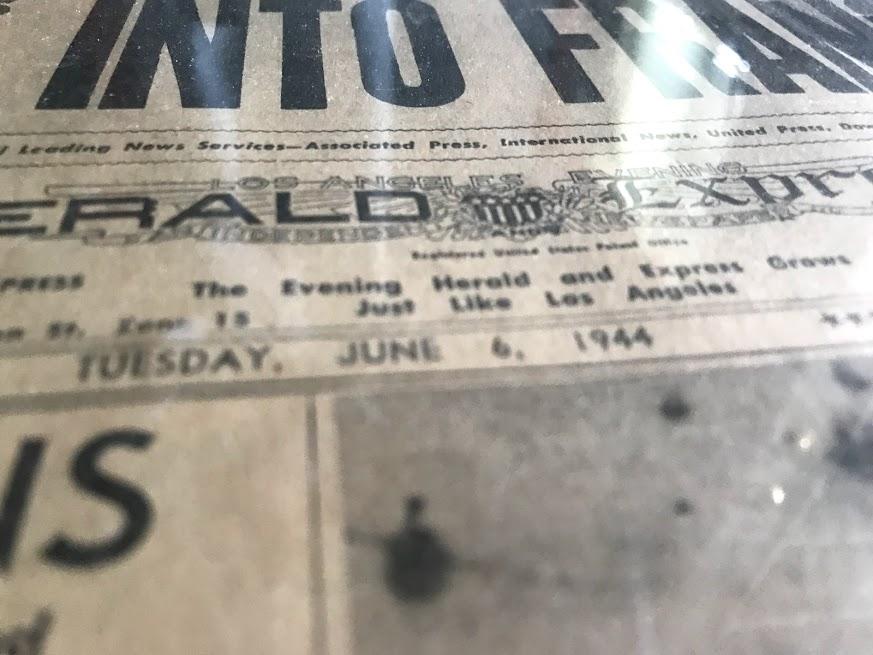 journaux commémoratif débarquement (1964 et 1984)  Img_1229