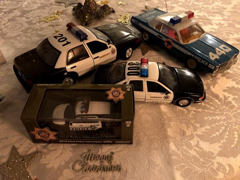 Cadeau de mon fils policier Img_5014