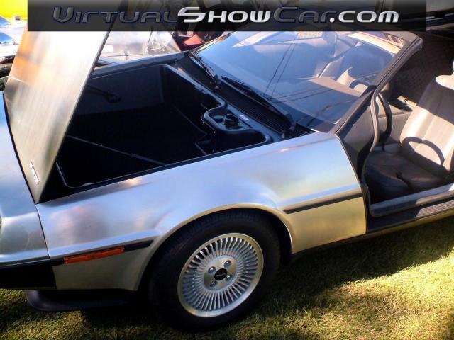 Le retour des DeLorean ? Delore10