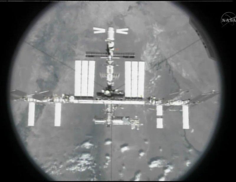[STS-134] Endeavour: Déroulement de la mission.   - Page 6 Image811