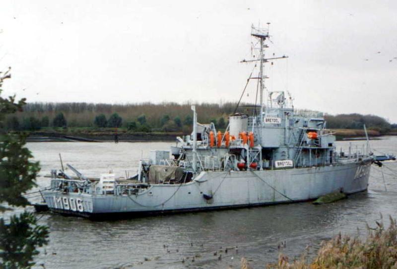 M906 BREYDEL M906_110