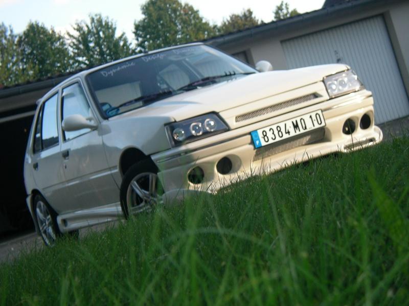 ma 205 blanche 5 portes Sany0411