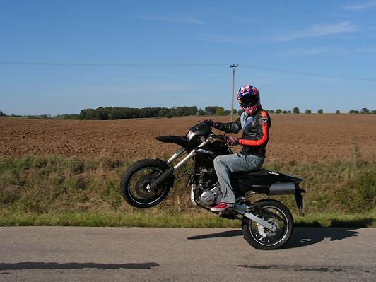 MOTOGALERIA NASICH FMX650 A PODOBNYCH MOTO. Fmx3311