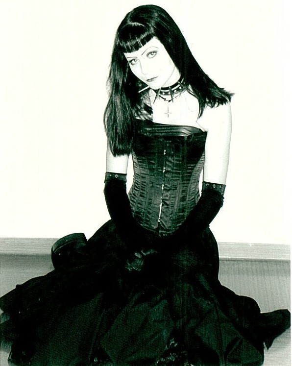 gothic nenas Suicid10