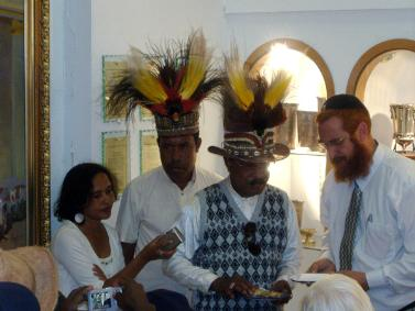 West Papua Delegation Donates Gold For Holy Temple West_p10
