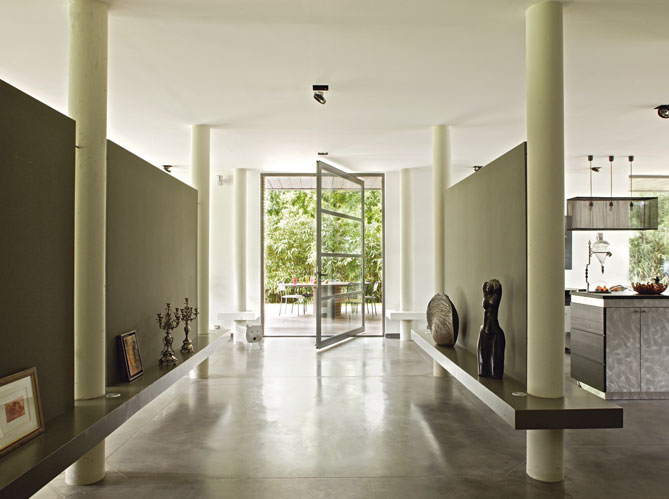 conseil harmonie couleurs murs, parquet et meuble Le-cou10