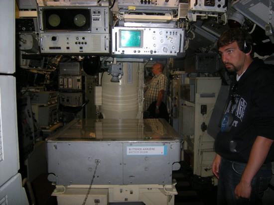 [Les Musées en rapport avec la Marine] Sous-Marin  Flore - Page 2 Dscn0011