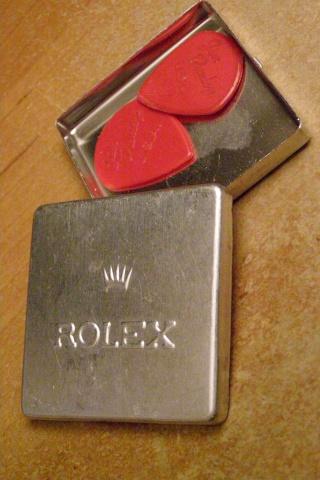 Qui prend son café avec une petite cuillère Rolex ? Pa290111
