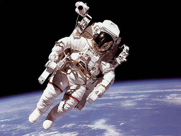 STS 120: la mission - Page 11 Mmu_on12