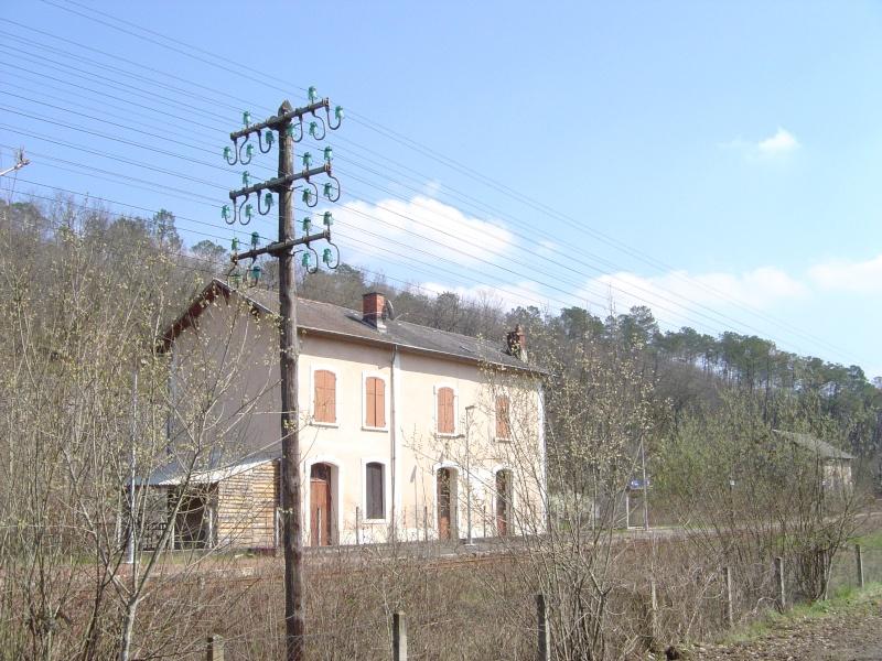 Pk 588,5 : Gare de Villefranche du Périgord (24) Dsc01310