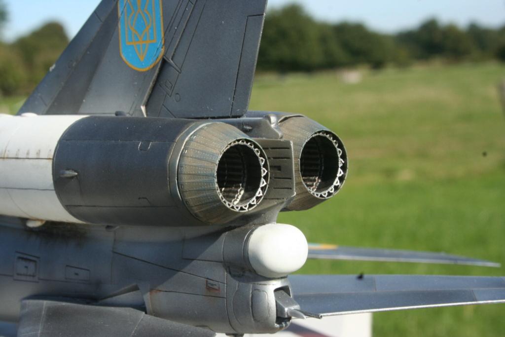 TU-22KD Blinder - 1/72è Modelsvit - C'est grand ! 3210