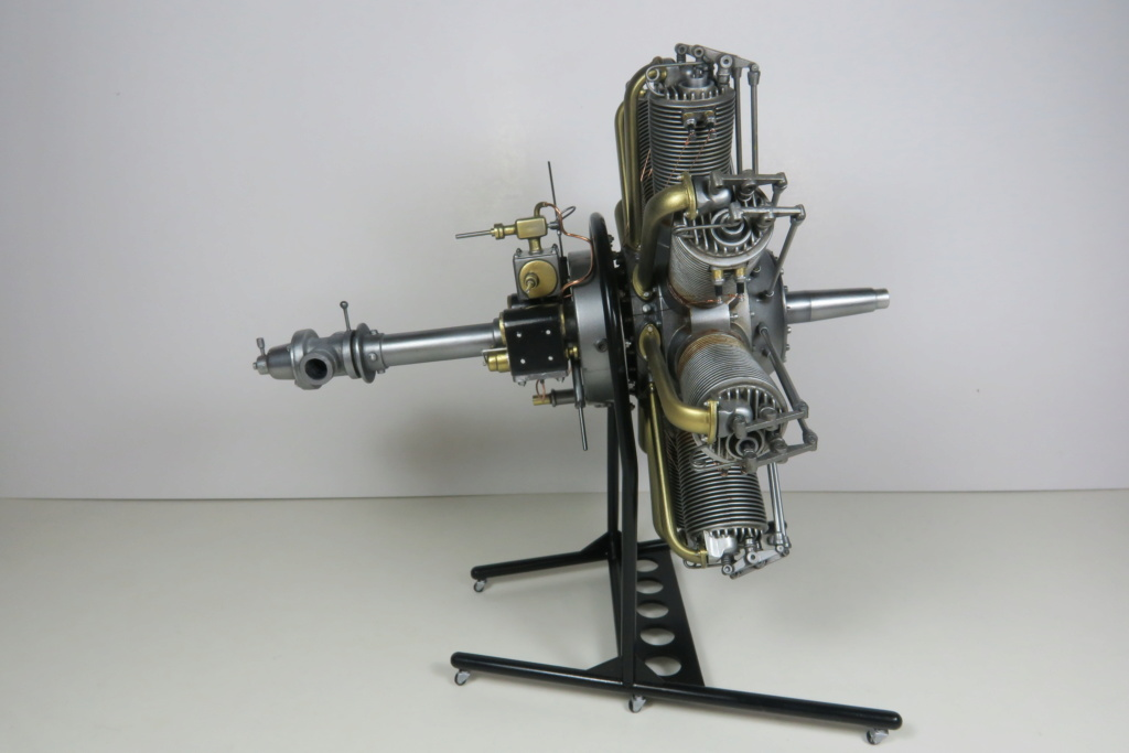 Moteur Clerget Model 9b - Hasegawa 1/8 - Page 3 Img_0129