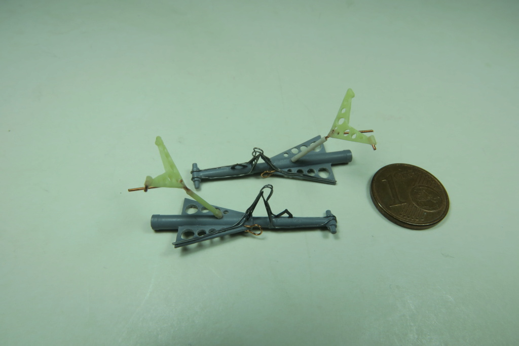 "C-37C ""Deuce USMC"" - 1/72 - Special Hobby - Page 4 Img_0192"