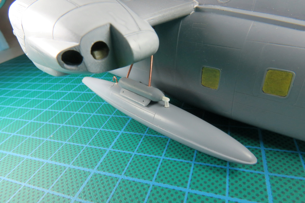 """C-37C """"Deuce USMC"""" - 1/72 - Special Hobby - Page 5 Img_0526"""