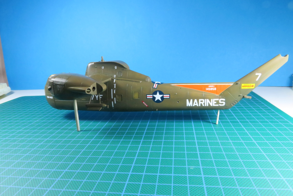 """C-37C """"Deuce USMC"""" - 1/72 - Special Hobby - Page 8 Img_0585"""
