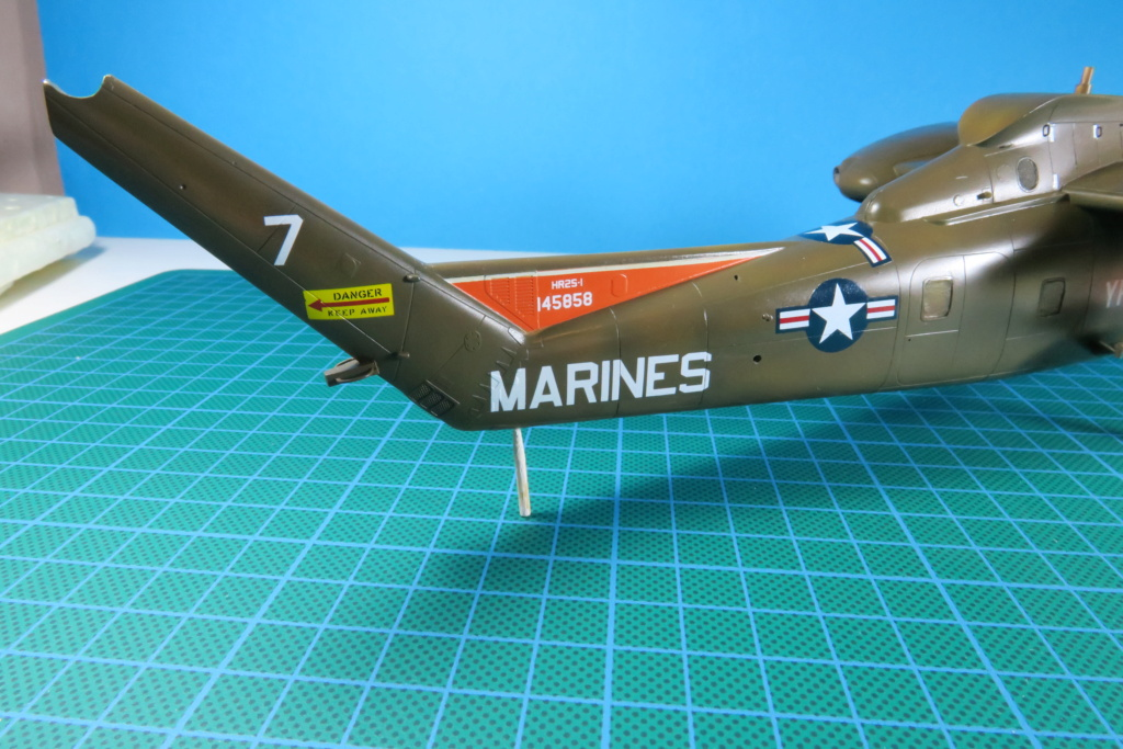 """C-37C """"Deuce USMC"""" - 1/72 - Special Hobby - Page 8 Img_0587"""