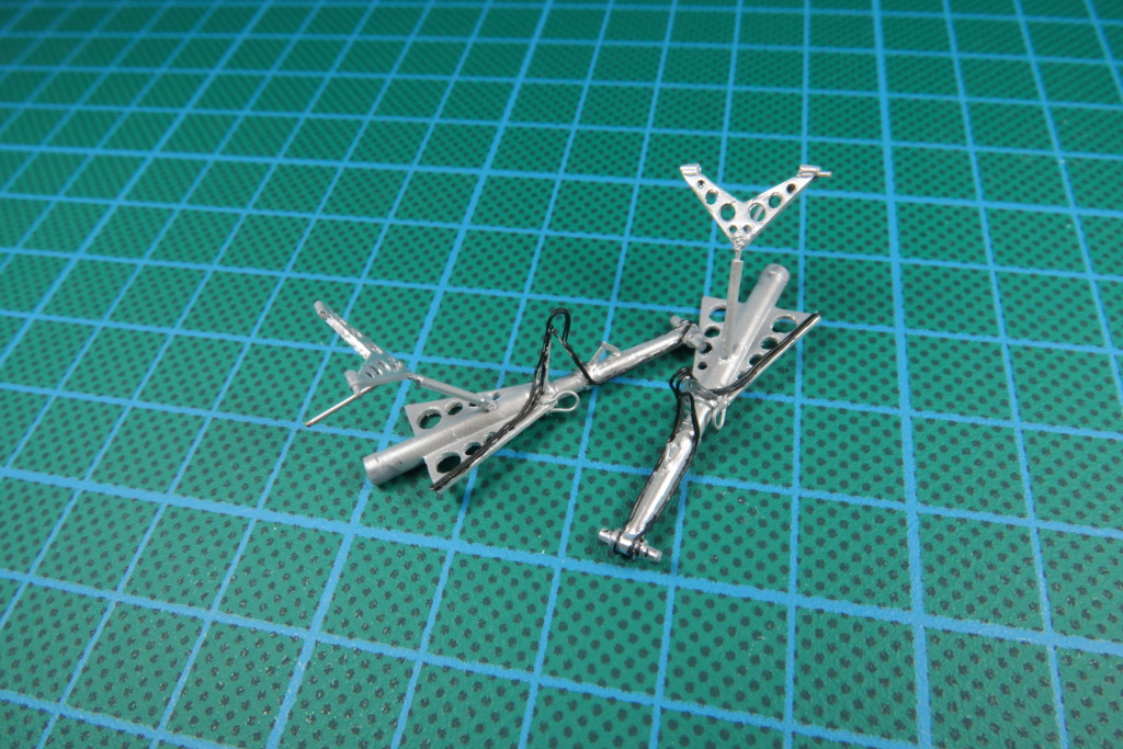 "C-37C ""Deuce USMC"" - 1/72 - Special Hobby - Page 9 Img_0627"