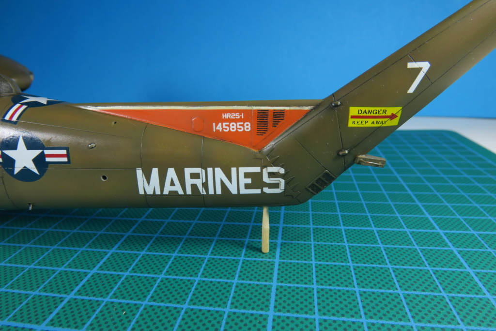"C-37C ""Deuce USMC"" - 1/72 - Special Hobby - Page 9 Img_0637"