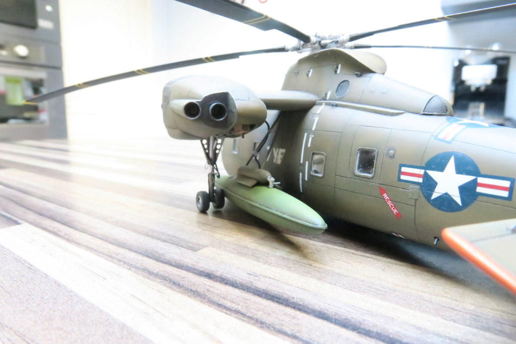 """C-37C """"Deuce USMC"""" - 1/72 - Special Hobby - Page 11 Img_0724"""