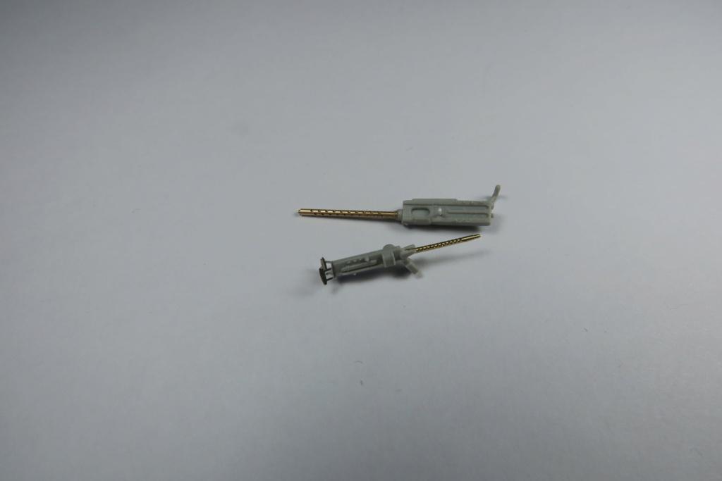 TBF1-C Avenger HobbyBoss 1/48 - Training Squadron 1943 - Page 2 Img_0754