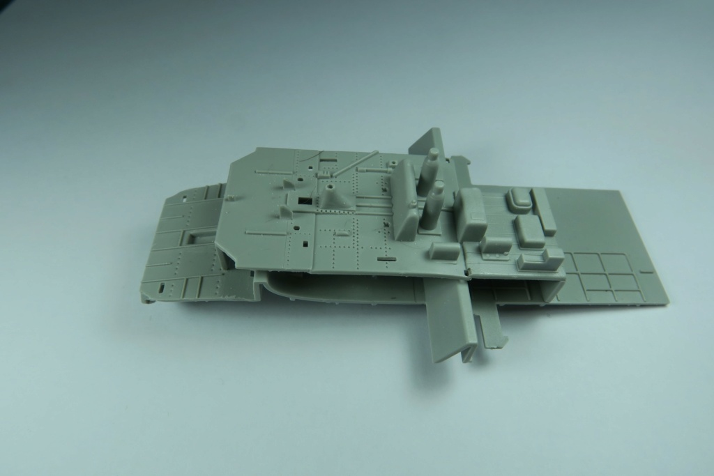 TBF1-C Avenger HobbyBoss 1/48 - Training Squadron 1943 - Page 2 Img_0758