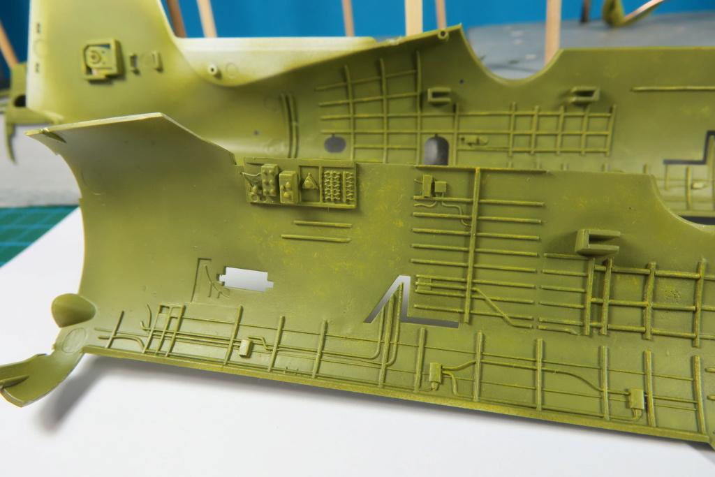 TBF1-C Avenger HobbyBoss 1/48 - Training Squadron 1943 - Page 4 Img_0845