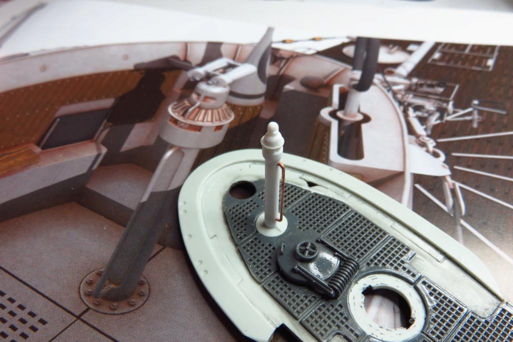 Sous-marin U-Boat VIID résine 3D au 1/100 - Page 4 Img_1010