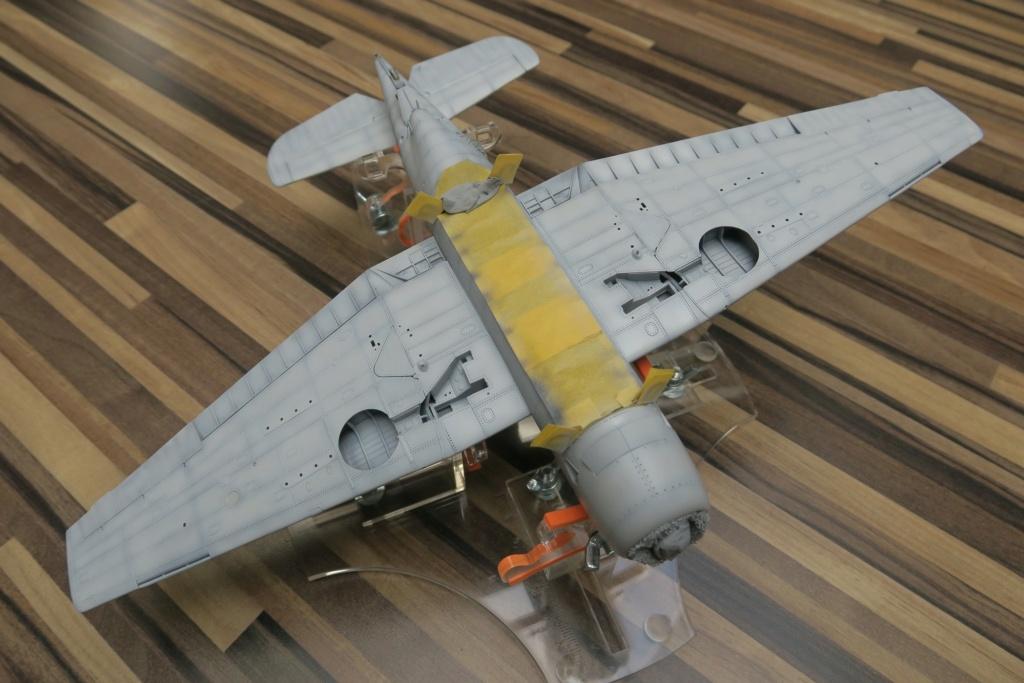 TBF1-C Avenger HobbyBoss 1/48 - Training Squadron 1943 - Page 8 Img_1019