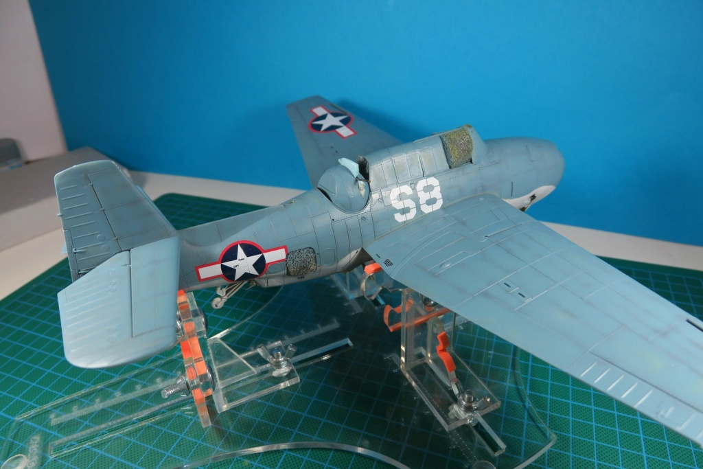 TBF1-C Avenger HobbyBoss 1/48 - Training Squadron 1943 - Page 9 Img_1035