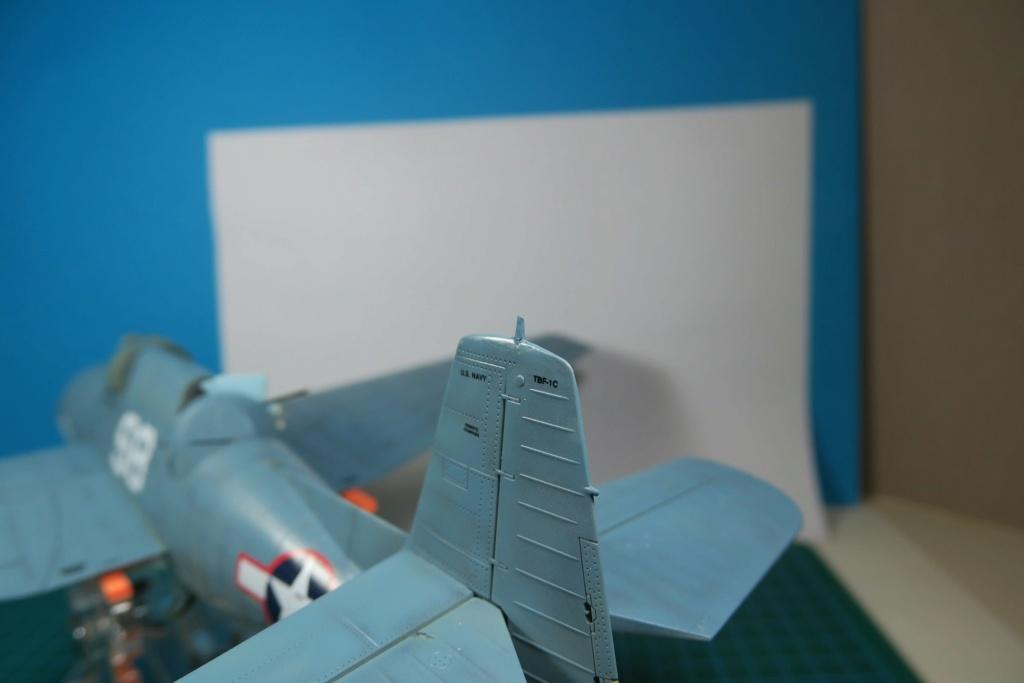 TBF1-C Avenger HobbyBoss 1/48 - Training Squadron 1943 - Page 9 Img_1040