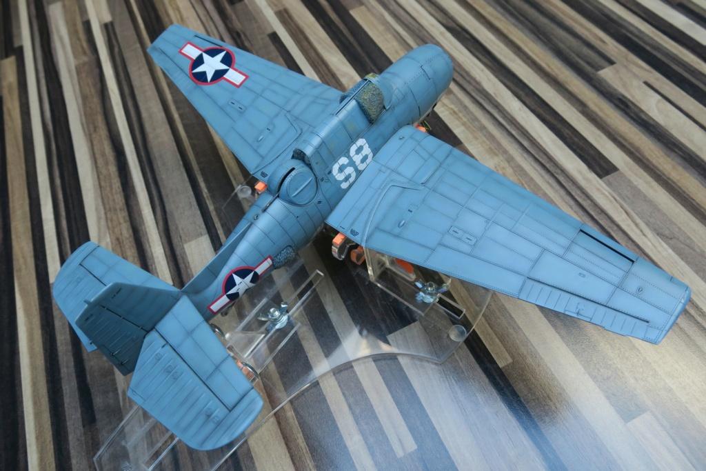 TBF1-C Avenger HobbyBoss 1/48 - Training Squadron 1943 - Page 10 Img_1120