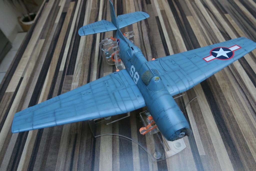 TBF1-C Avenger HobbyBoss 1/48 - Training Squadron 1943 - Page 10 Img_1121