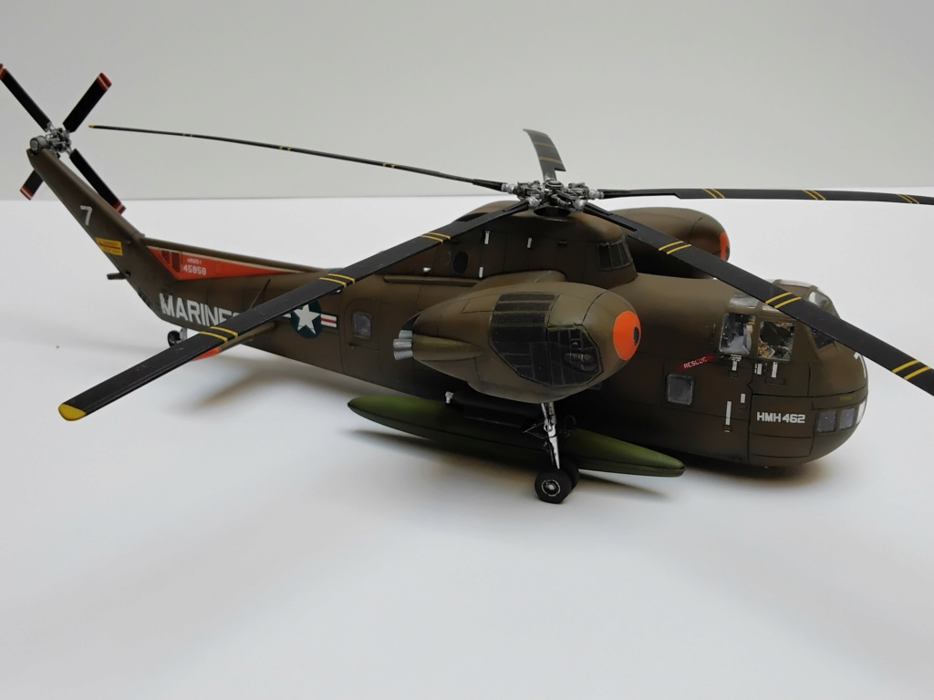 """C-37C """"Deuce USMC"""" - 1/72 - Special Hobby - Page 11 Img_2021"""