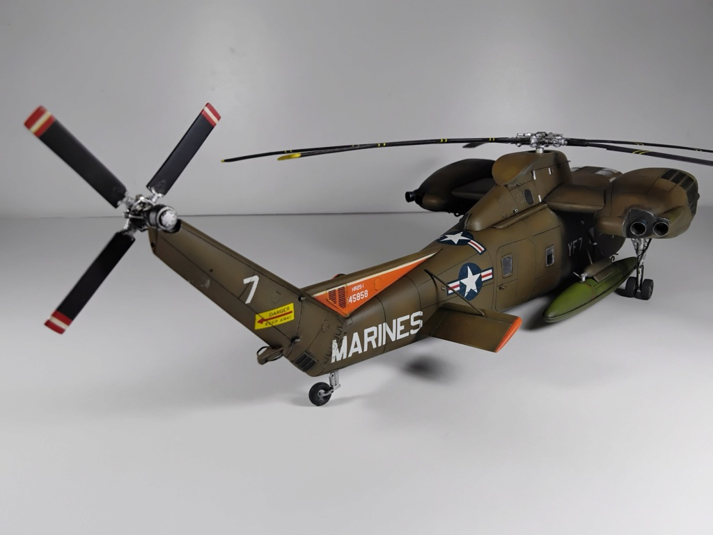 """C-37C """"Deuce USMC"""" - 1/72 - Special Hobby - Page 11 Img_2022"""