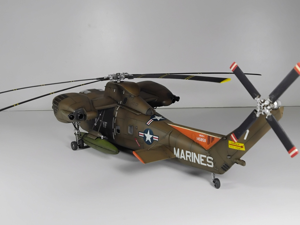 """C-37C """"Deuce USMC"""" - 1/72 - Special Hobby - Page 11 Img_2026"""